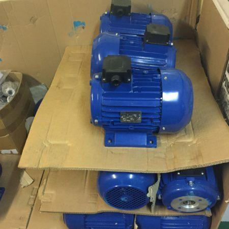 Электродвигатель с полым валом 7,5 квт 1450 об.мин.